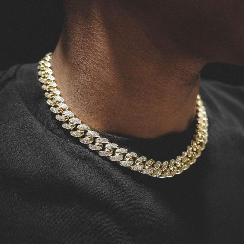 Diamond Cuban Link Chain in 18k Gold (12mm) 5