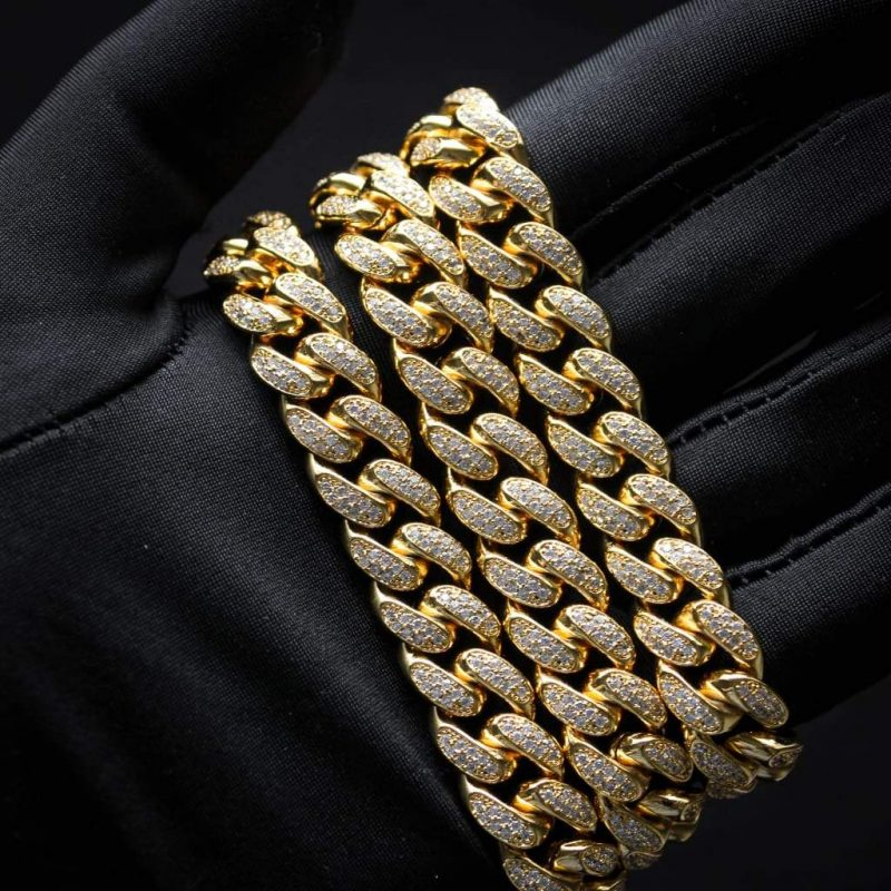 Diamond Cuban Link Chain in 18k Gold (12mm) 7