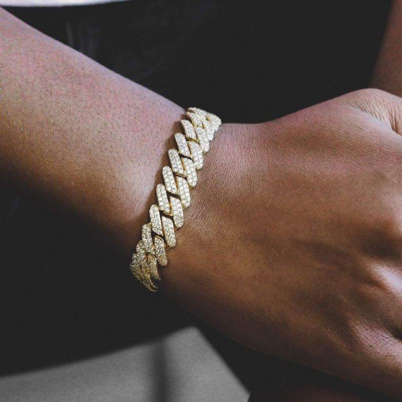 Diamond Prong Cuban Bracelet in 18k Gold (12mm) 1