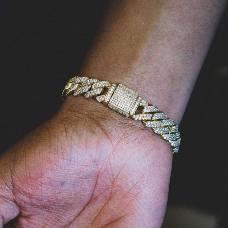 Diamond Prong Cuban Bracelet in 18k Gold (12mm) 2