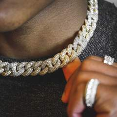 2 Tone Gucci Cuban Diamond Chain 15mm (18k Gold-White Gold) 3