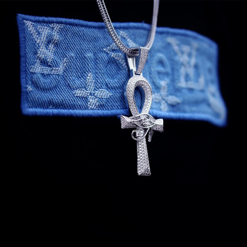 Ankh Cross with The Eye Of Horus Pendant in White Gold 6