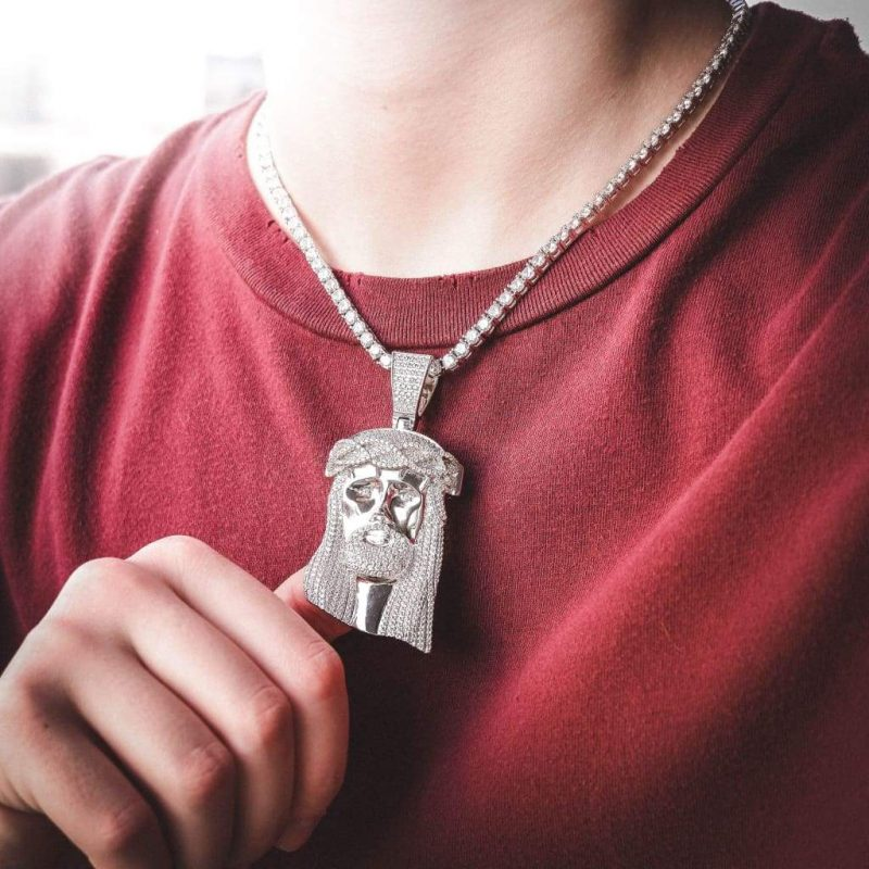 Giant Jesus Pendant Necklace in White Gold 3