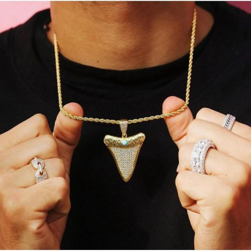 iced out shark tooth pendant in 18k gold made to order harlex gold