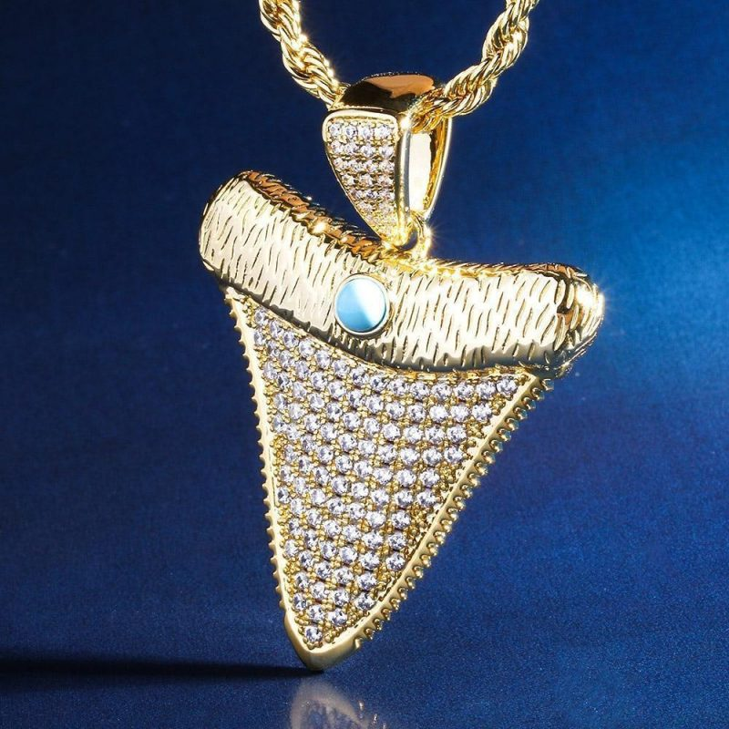 iced out shark tooth pendant in 18k gold made to order harlex gold 7