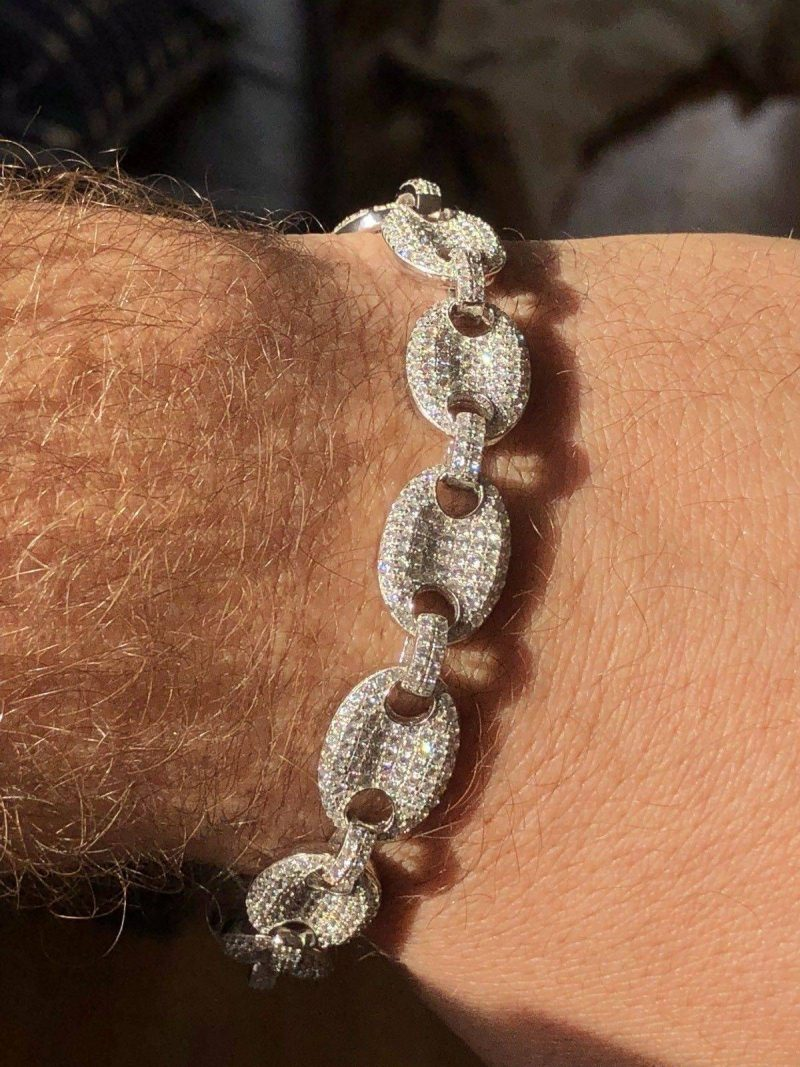 Iced Gucci Link Bracelet in White Gold 3